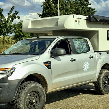 Off-road Camper